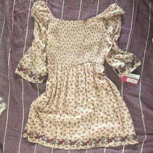 Xhiliration Bell Sleeve Flower Dress